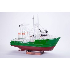 ANDREA GIAL RC - -WOODEN HULL 1:30