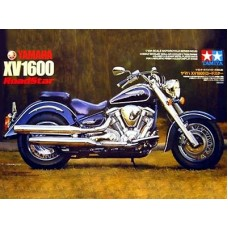 Yamaha XV1600 Road Star