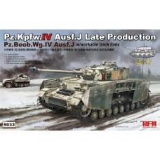Pz.Kpfw.IV Ausf.J Late Production. Pz.Beob.Wg.IV Ausf.J w/workable track links.